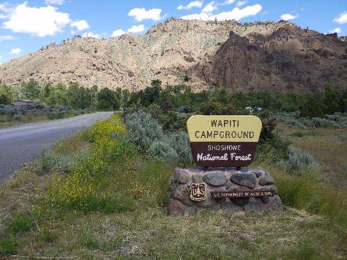 Wapiti Campsite Entrance Sign