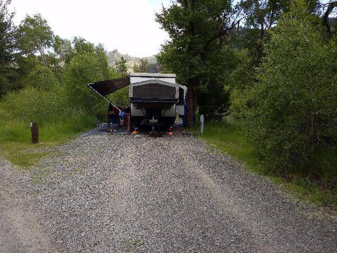 Wapiti Campsite 11 - Parking Area with RV