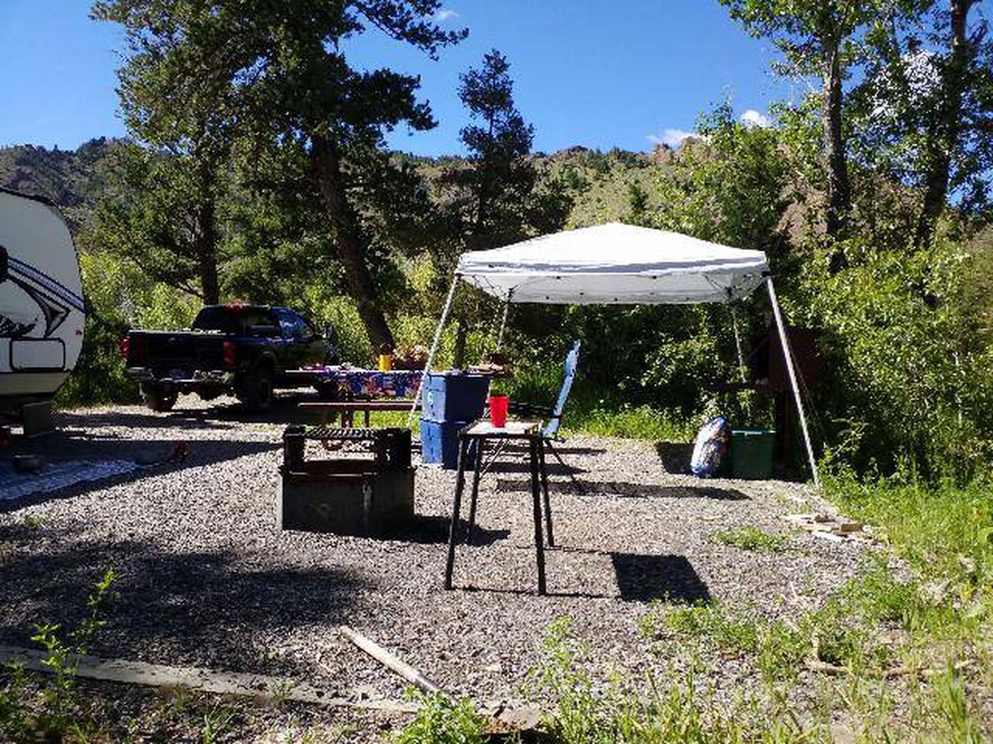 Wapiti Campsite 20 - Side View
