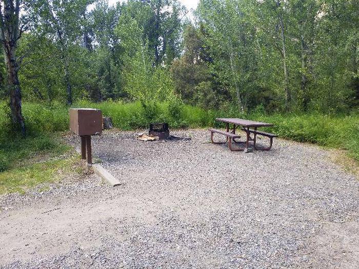 Wapiti Campsite 35 - Picnic Area