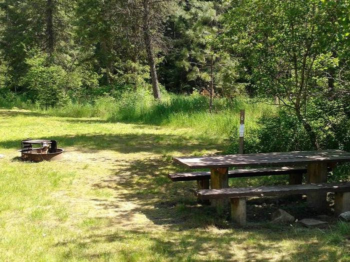 Beauty Creek Campground Site 6