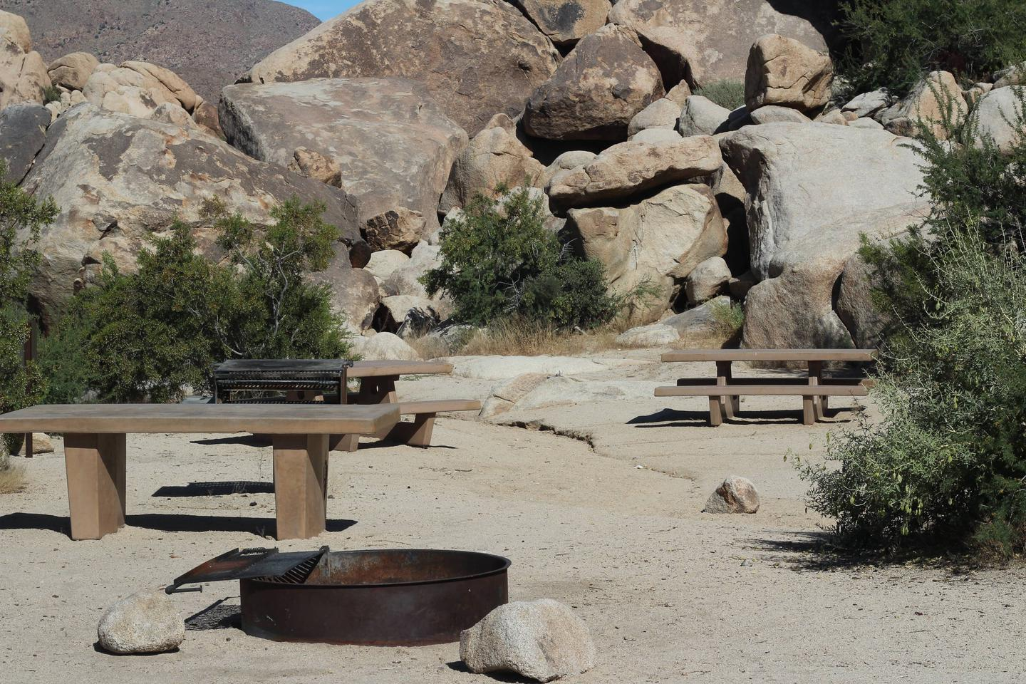 Indian Cove Group Site 11 AmenitiesAmenities: BBQ Grill, Tables and In-Ground Fire Pit
