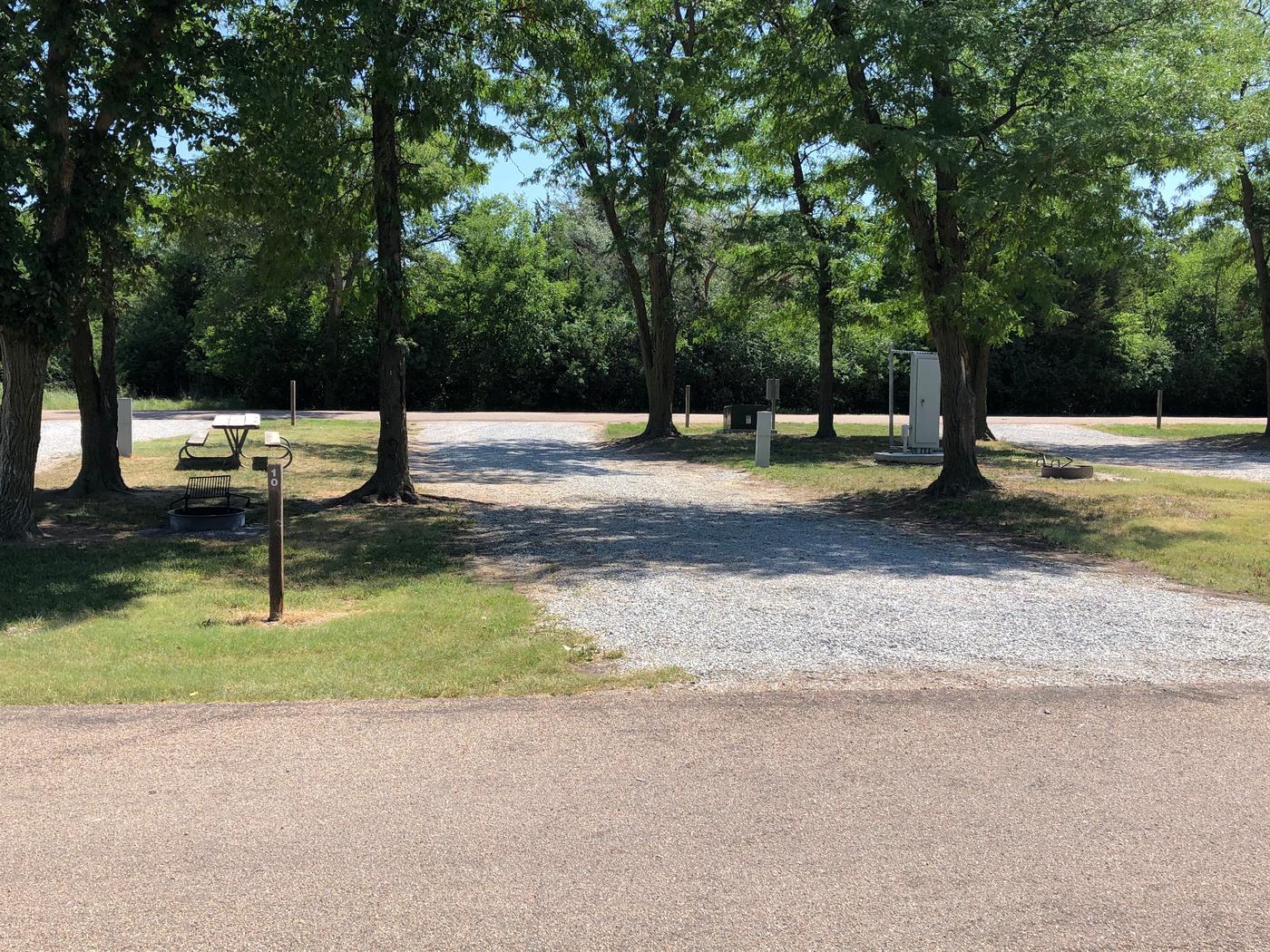 Pull through campsite Site 10