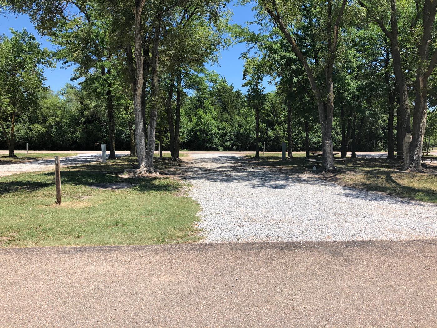 Pull through campsite Site 14