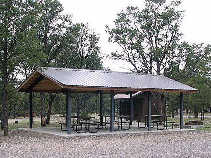 Pinon Campground picnic pavilionPinon campground picnic pavilion