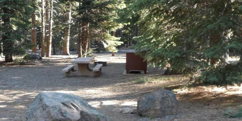 B1Manzanita Lake Campground, Loop B, Site B1