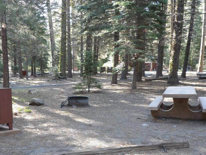 B6Manzanita Lake Campground, Loop B, Site B6