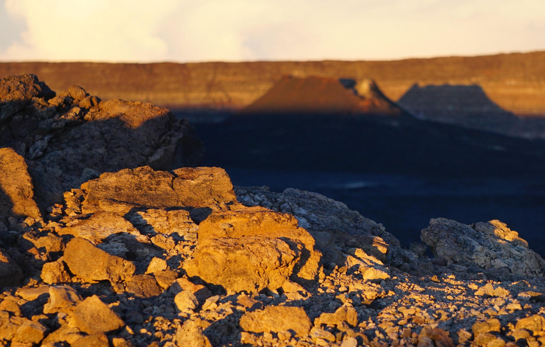 Mauna Loa SummitMauna Loa is the largest active volcano on earth