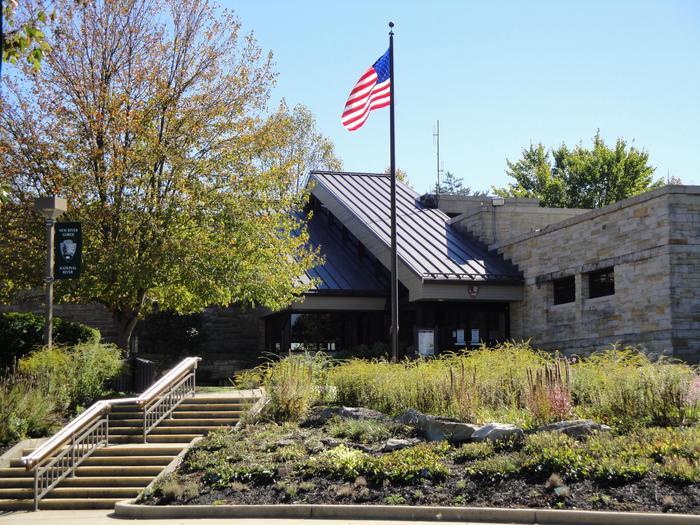 Canyon Rim Visitor CenterThe Canyon Rim Visitor Center
