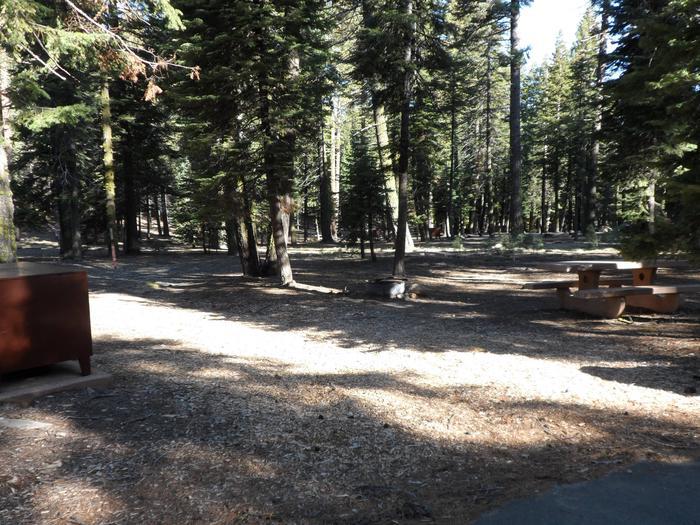 B16Manzanita Lake Campground, Site B16