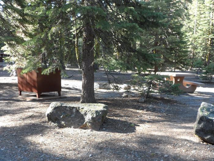 B19Manzanita Lake Campground, Site B19