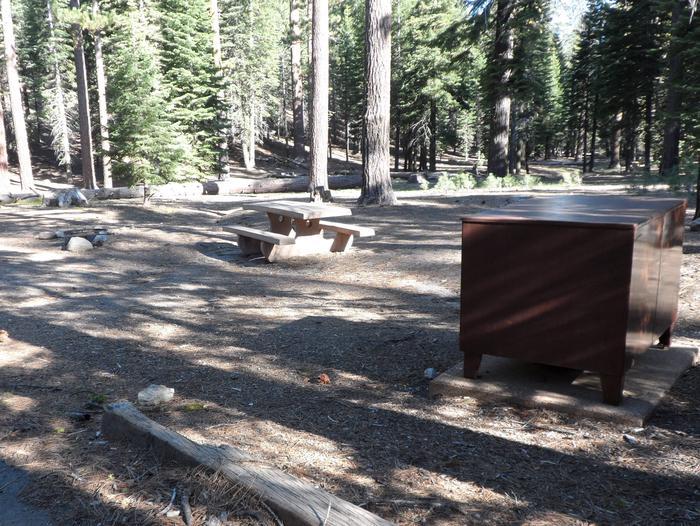 B20Manzanita Lake Campground, Site B20