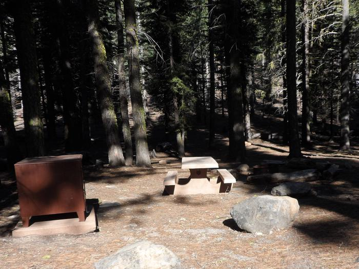 B24Manzanita Lake Campground, Site B24