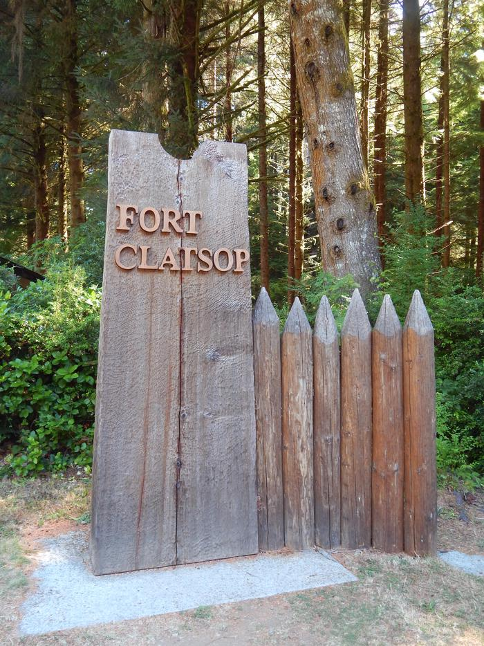 Fort Clatsop Main Entrance SignThe entrance sign at the Visitor Center was created in a style that reflects the actual Fort itself, wooden stakes and all.