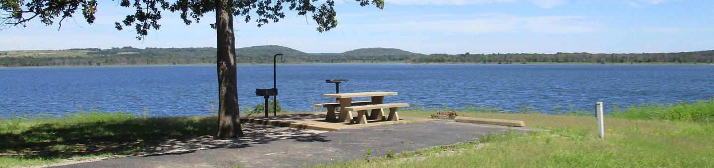 Site 19 - WildwoodSite 19 offers a great lake view and water craft can be moored directly behind the campsite.