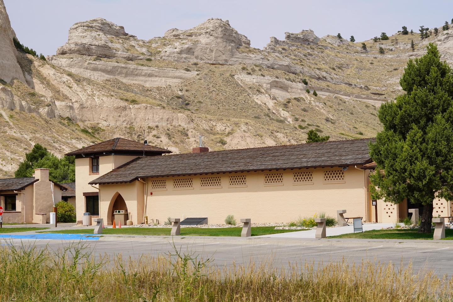Preview photo of Scotts Bluff National Monument Visitor Center