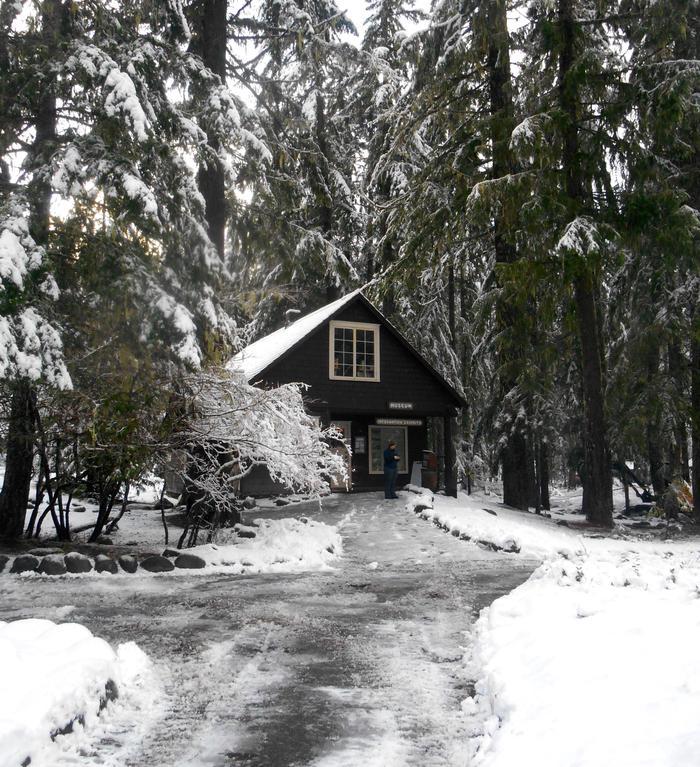 Longmire Museum in WinterThe Longmire Museum is open year-round.