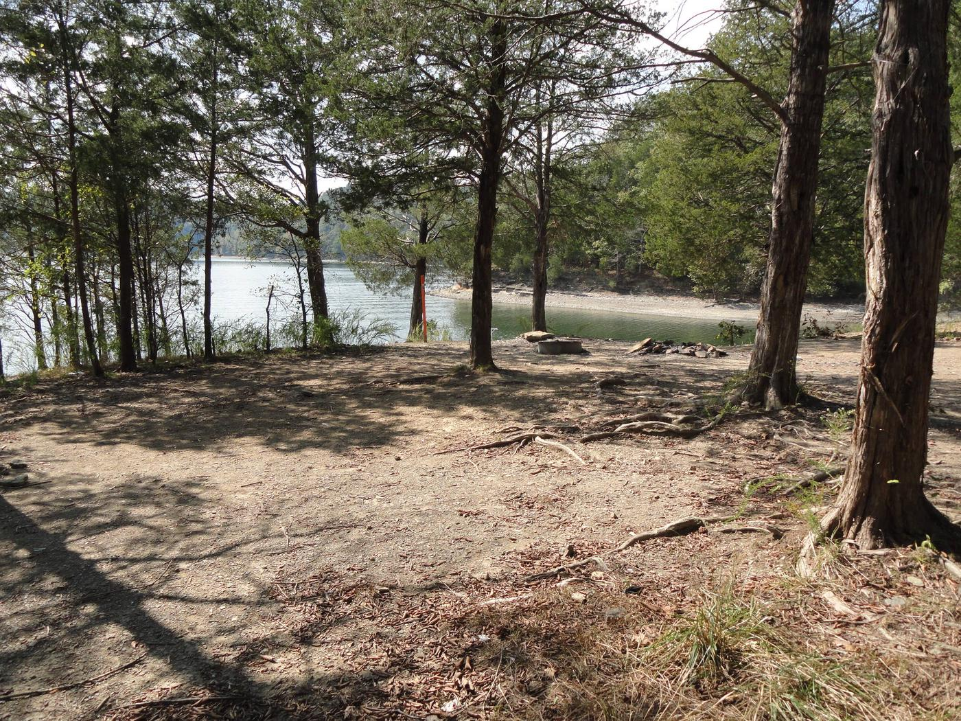 DALE HOLLOW LAKE - PRIMITIVE CAMPING EXAMPLE TENT AREA (2)