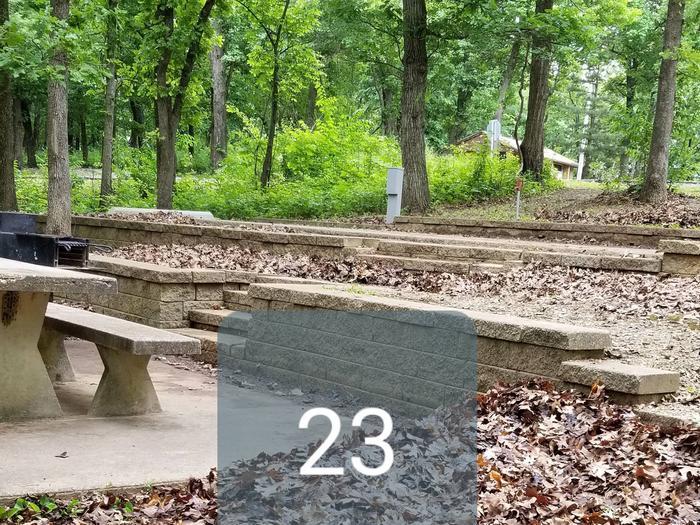 Mound Valley Site 23, 30 amp & water