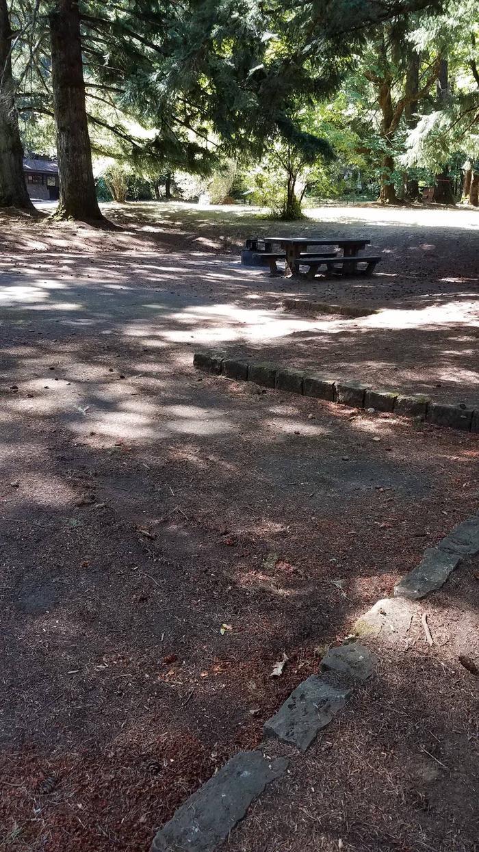 Parking/TableSite #13-Wyeth C.G.