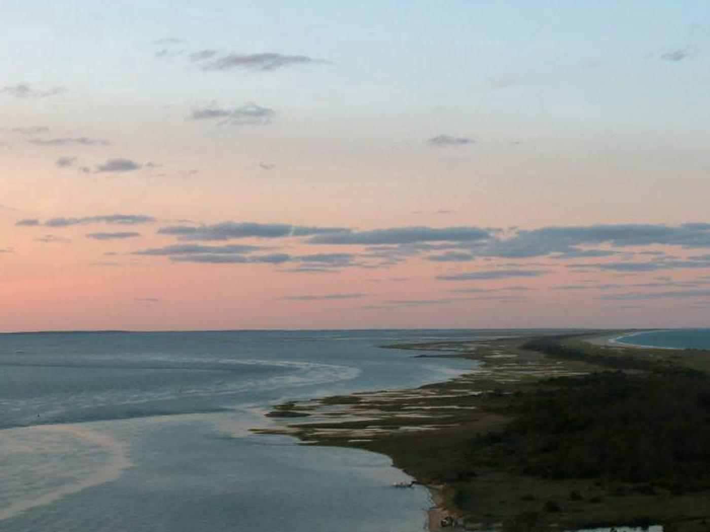 The View from atop the Cape Lookout LighthouseThe view from atop the Cape Lookout Lighthouse gallery, looking North.