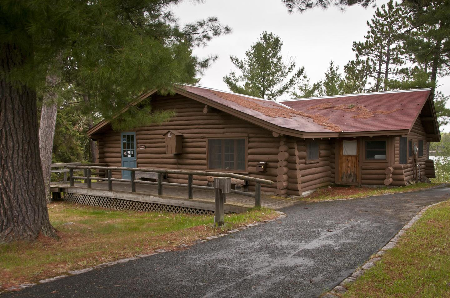 Ash River Visitor Center