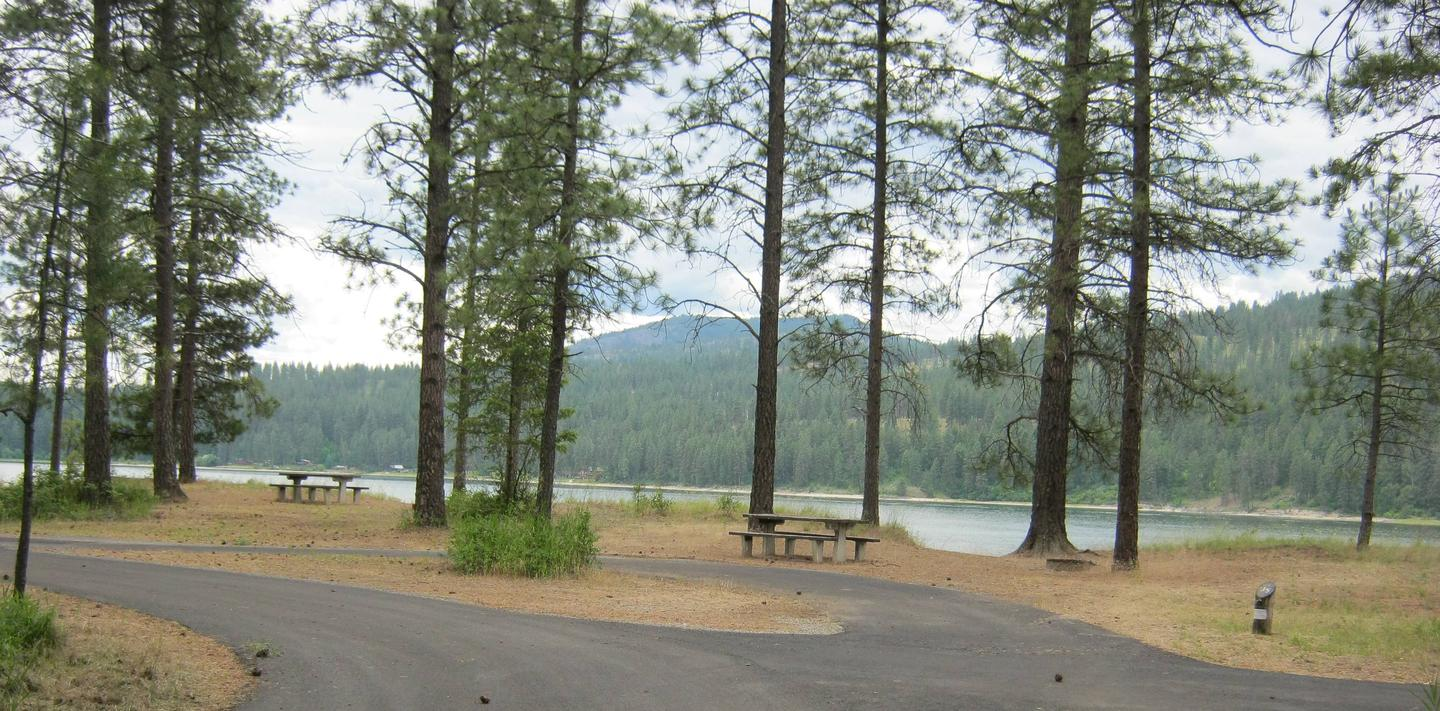 Site 35, Pull Through, Lake and Trees in background