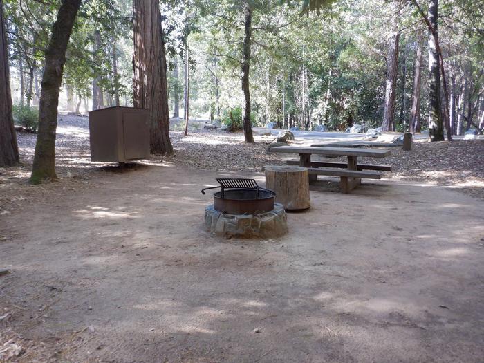 11Bear Box, Fire Ring, Table
