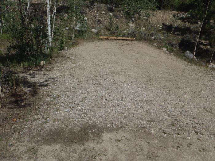 Lakeview Campground, site D1 parking