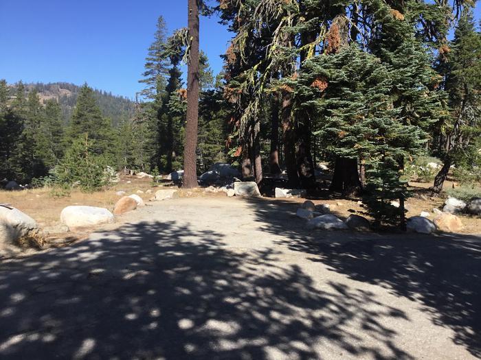 46 foot driveway, good access46 foot driveway, good access
