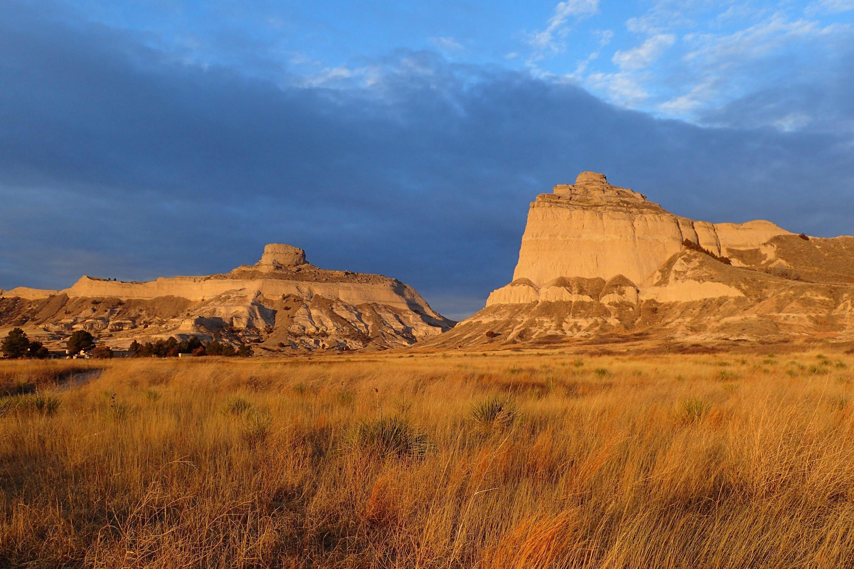 Mitchell Pass bathed in Morning LightEarly morning is a great time to explore Scotts Bluff National Monument.