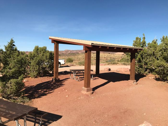 Sand Flats E-10 Group site shade structure
