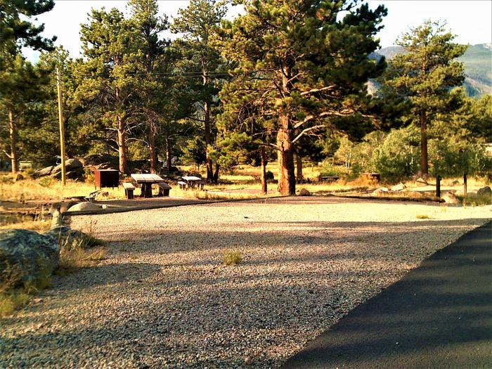 A 9730' pull-along RV site