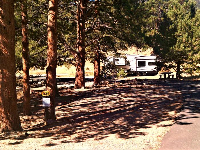 C 23930' pull-along RV site