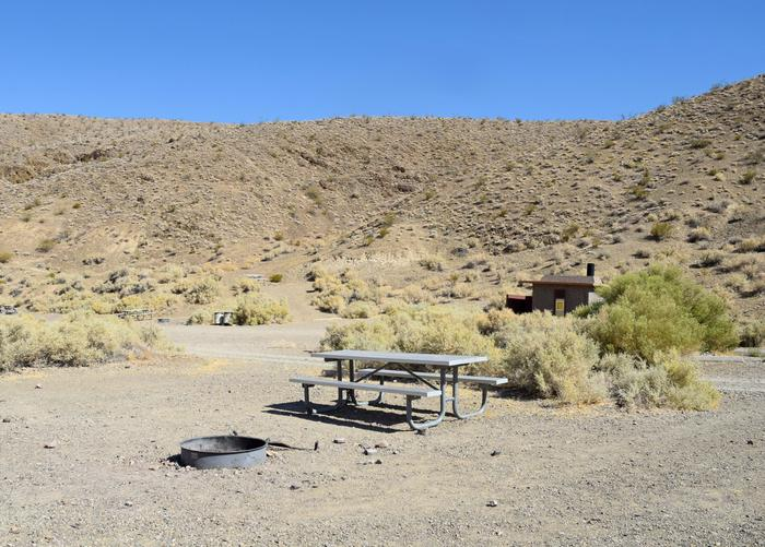 Wildrose CampgroundPicnic tables and fire rings are provided at sites.