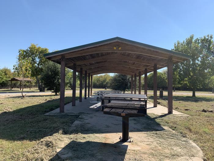 Group shelter and grillGroup shelter in standing grill
