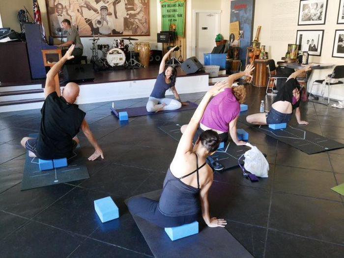 JAZZ VC yogaJazz yoga
