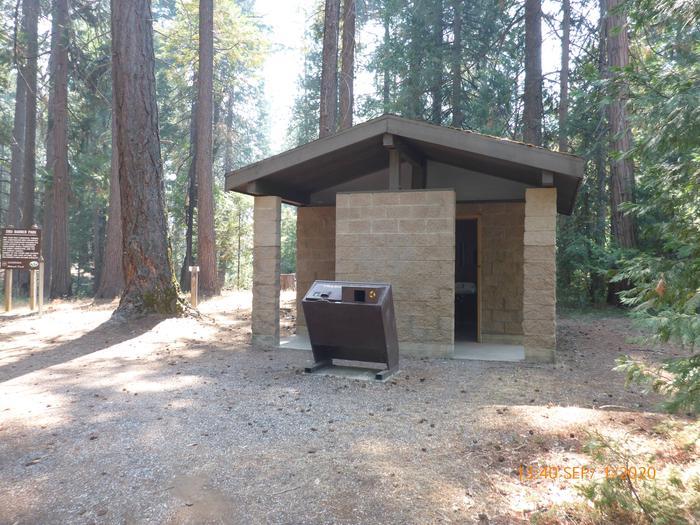 Flush restroomDru Barner Campground has a two room flush restroom.