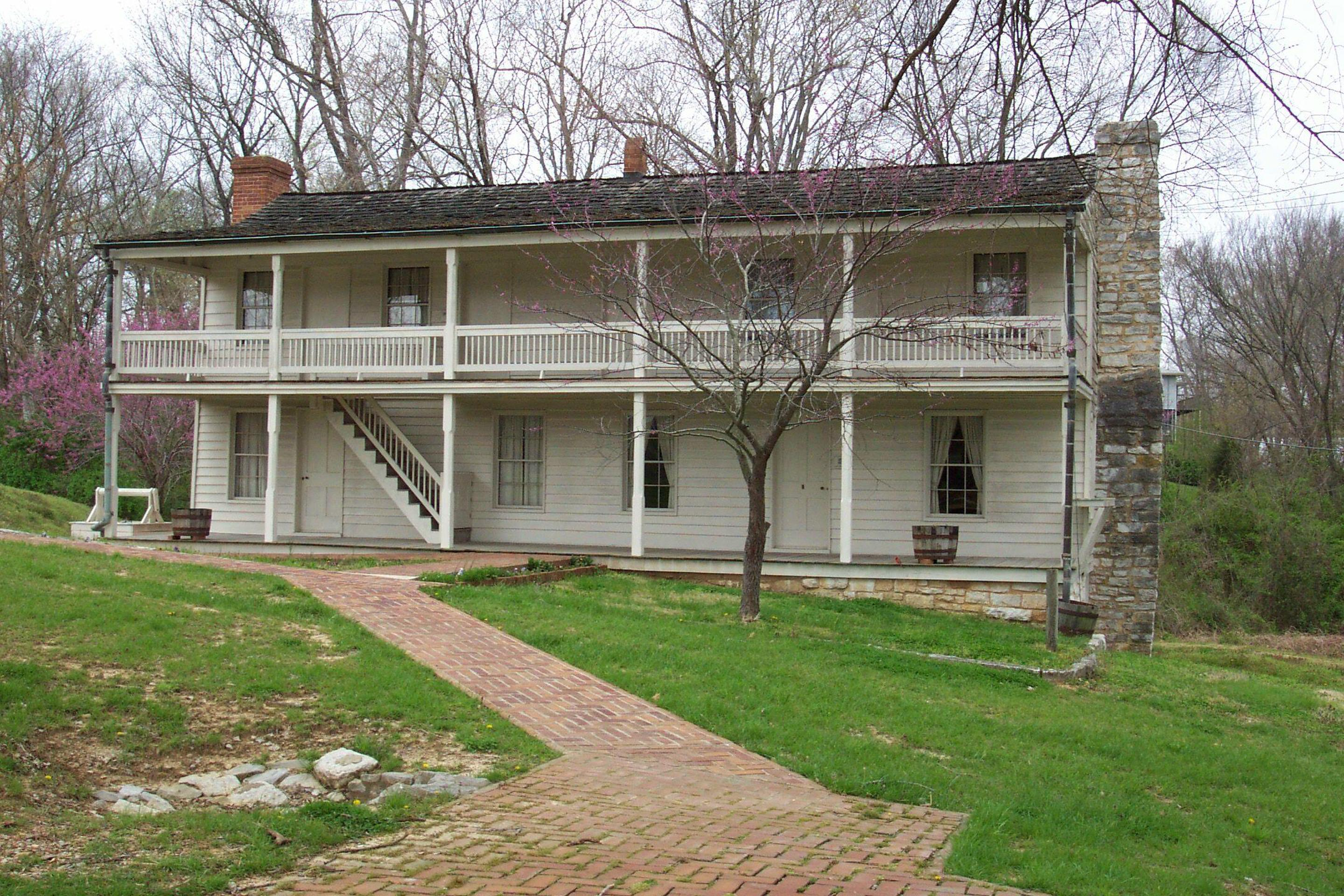 The Dover HotelThe Dover Hotel, site of the first major Civil War surrender.