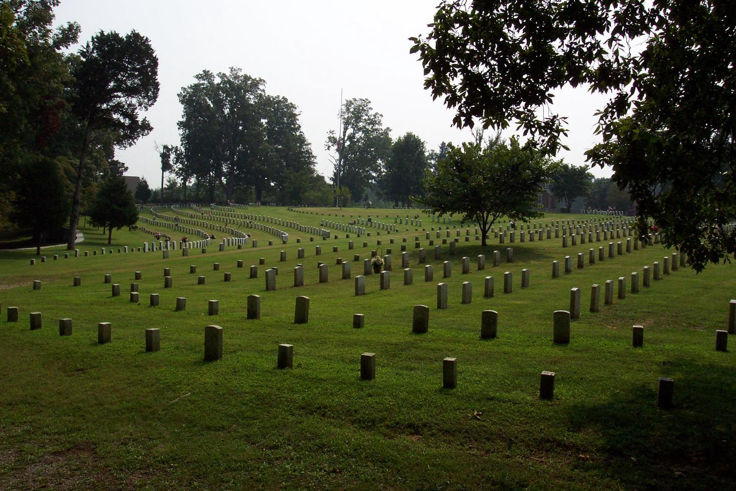 Fort Donelson National CemeteryFort Donelson National Cemetery: Final resting place for thousands of American Veterans