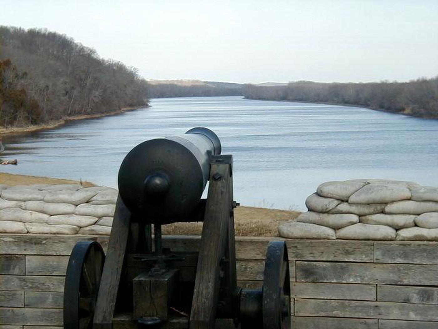 Artillery at Fort Donelson NBQuiet Afternoon overlooking the Cumberland River, Fort Donelson NB