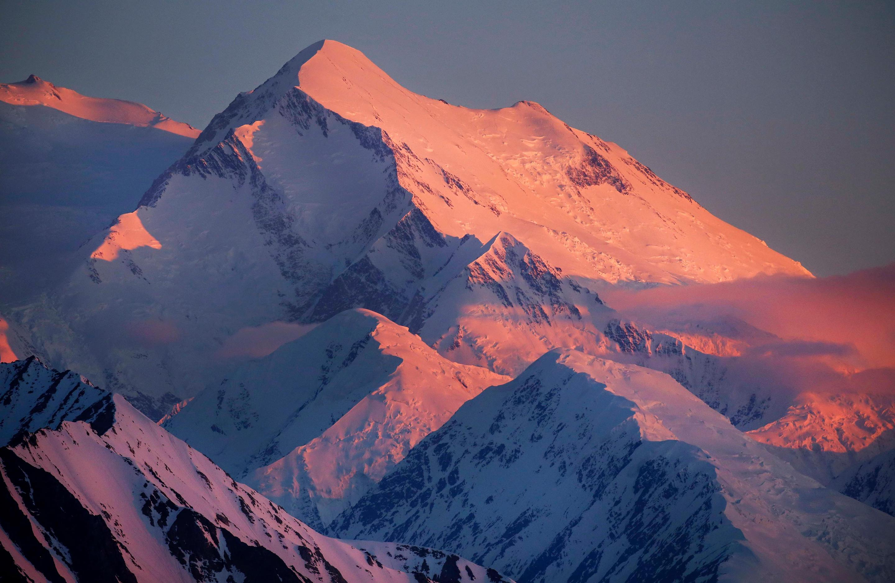 AlpenglowAlpenglow on North America's tallest peak, Denali