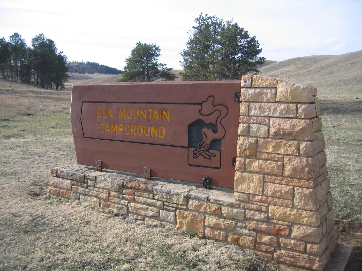 Elk Mountain Campground SignThe Elk Mountain Campground is located just 1/2 mile from the visitor center.