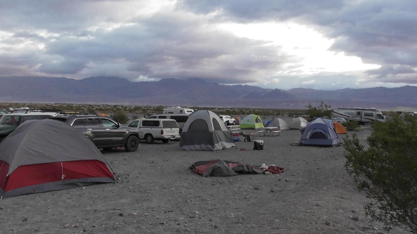 Stovepipe Wells CampgroundWinter and Spring can lead to busy campgrounds.