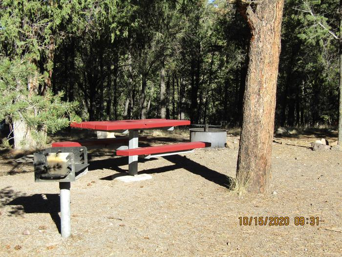 RV Site 16Table
