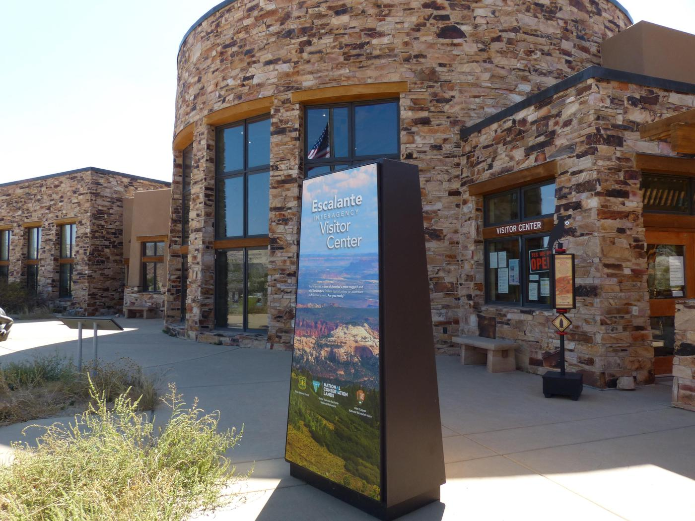 Escalante Interagency Visitor Center Outdoor ExhibitsAfter hours or when the visitor center is closed, you can still use the outdoor exhibits to help with trip planning.