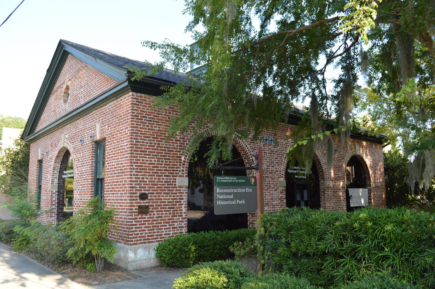 The Park Visitor CenterThe Old Beaufort Firehouse serves as the park visitor center in downtown Beaufort, South Carolina