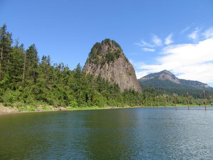 Beacon RockBeacon Rock along the Columbia River in Washington.