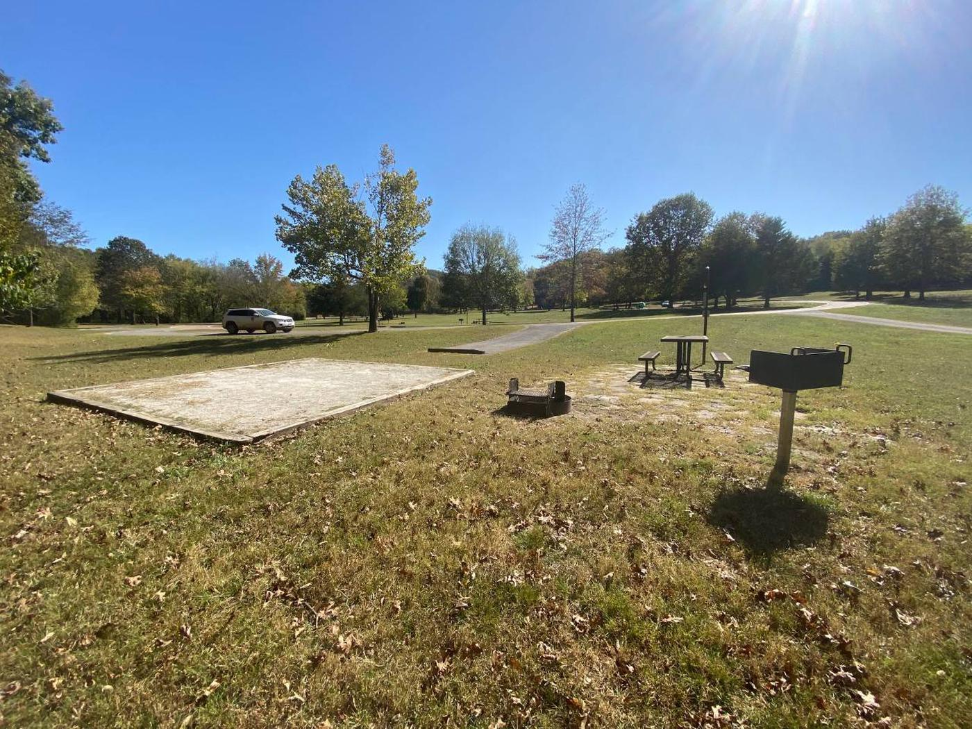 Tyler Bend Main Loop Site#15-4Site #15, 50' back-in, tent pad is 15' x 15'.