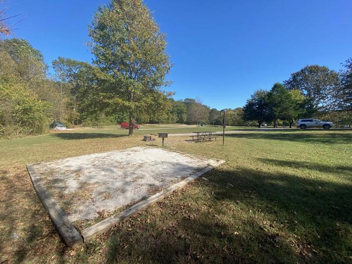 "Tyler Bend Main Loop Site#18-6Site #18, 75"" back-in, tent pad 15' x 15'."